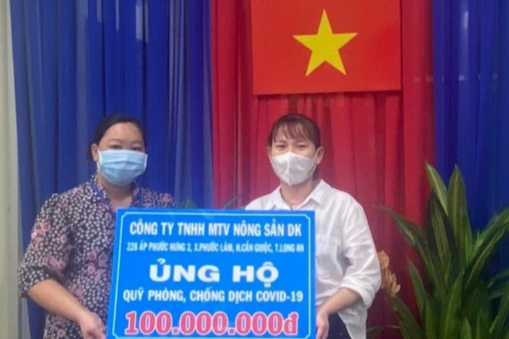 DK donated 100,000,000 VND to the fund for Prevention Covid-19 in Long An province
